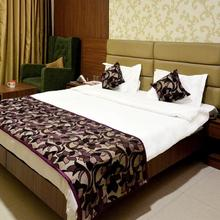 OYO 3651 The President Hotel Rania in Kanpur