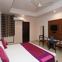 Oyo 3697 Hotel Rivieraa in Pantnagar