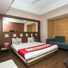 OYO 386 Hotel Lotus Panache in Gurugram