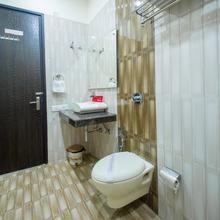 OYO 4086 Hotel Akaal Heights in Amritsar