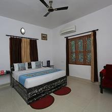 OYO 4110 near Apollo Hospital in Bhubaneshwar