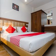 Oyo 4125 Krishna Avtar Service Apartment Deluxe in Kalamboli