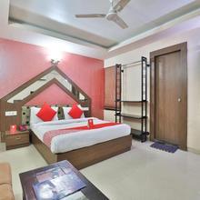 Oyo 4161 Hotel Shailly Inn in Sarkhej