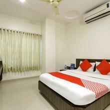 OYO 4198 Hotel Shri Sai Murli in Shirdi