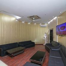 Oyo 421 One Hotel in Ghaziabad