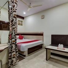OYO 4283 Hotel Satguru Deluxe in Jamshedpur