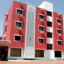 OYO 4316 Hotel Sai Empire in Shirdi