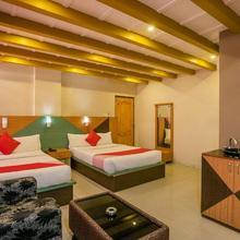 OYO 436 Emirates Suites in Bengaluru