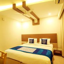 Oyo 4369 Kaula Inn in Valapattanam