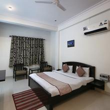 OYO 441 Hotel Mascot in Ghaziabad