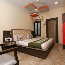 Oyo 4511 Hotel Nagpal in Bahadrabad
