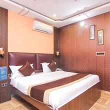Oyo 4530 Gazal Residency in Lucknow