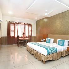 OYO 4575 Hotel Mirage in Jassowal