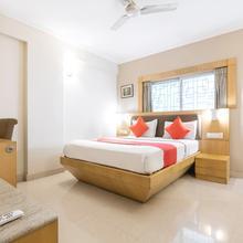 OYO 461 New Rainbow Business Hotel in Baiyyappanahali