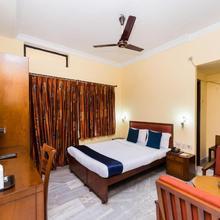 OYO 4621 Hotel Camac Plaza in Alipore