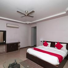 Oyo 4635 Sheetal Hotel in Haldwani