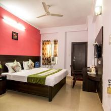 OYO 4679 Hotel Shantila Inn in Chaukhandi