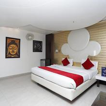 OYO 4732 D Grand in Bareilly