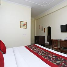 OYO 4734 Hotel Sapphire in Bareilly