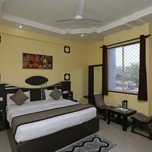 OYO 4799 Hotel City Park in Raiwala