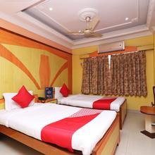 Oyo 4954 Hotel Wild Orchid in Champahati