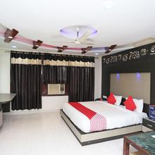 Oyo 4956 Hotel Maharaja Palace in Kanpur