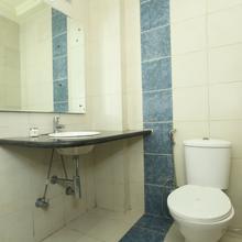 Oyo 5285 Apartment Impact Associates in Lucknow