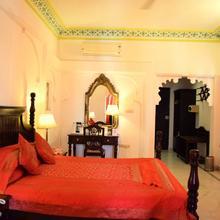 OYO 5316 Hotel Swaroop Vilas in Udaipur