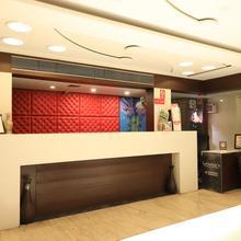 OYO 5408 Loharkar's Family Hotel Deluxe in Nagpur