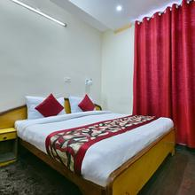 Oyo 5459 Home Stay Doll's Inn in Kathgodam