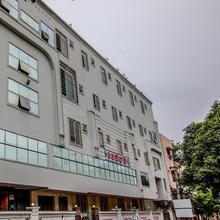 OYO 5484 Hotel Vb Grand in Vishakhapatnam