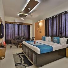 Oyo 5584 Hotel Siddharth Inn in Kalol