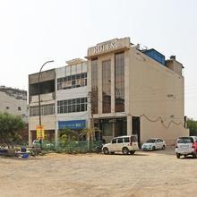 OYO 5614 Hotel Rolex Inn in Ballabhgarh