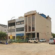 Oyo 5614 Hotel Rolex Inn in Faridabad