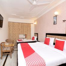 OYO 5637 Hotel Majestic in Kharar