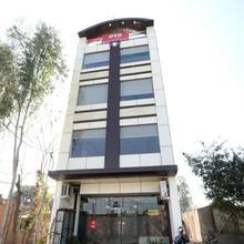 OYO 5691 Hotel Eurasia in Maler Kotla