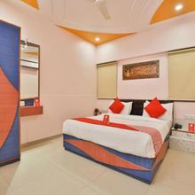 Hotel Jaunt Safari Residency in Gandhinagar