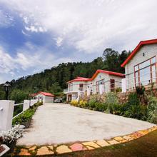OYO 5928 Village Live In Resort in Solan