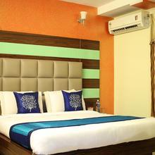 OYO 615 Hotel 7 Hills Inn in Tirupati