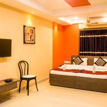OYO 6356 Urban Guest House in Baj Baj