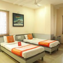 Oyo 6433 Hotel Check Inn in Nagpur