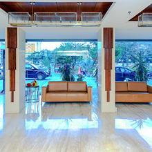 Oyo 6472 Hotel Metropolitan in Mohammadnagar