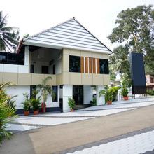 OYO 6526 Ap Residency City in Meenangadi