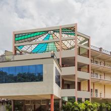 OYO 6536 Mayank Resort in Indore