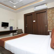 OYO 6651 Hotel Srujana Stay Inn in Trimulgherry