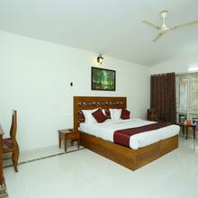 Oyo 6777 Star Inn in Tiruvallam