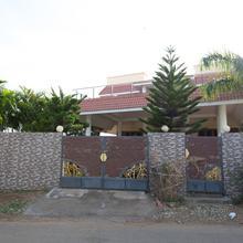 Oyo 6810 Home Stay Anna Nagar in Tiruppuvanam