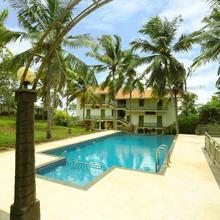 Oyo 6814 Hill Gardens Ayurvedic Resort in Perumkulam