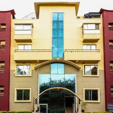 Oyo 6825 New Crescent Citadel in Bengaluru