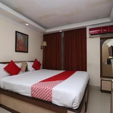 OYO 686 Hotel Thames International in Alipore